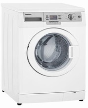 Blomberg WM87120NBL00 24in Energy Star Washer 2.35 Cu. Ft. 16 Programs with Powerful Internal Heater