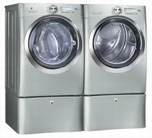 Electrolux Wave-Touch Steam Washer EWFLS70JSS 5.1 Cu. Ft. and Gas Steam Dryer EWMGD70JSS 8.0 Cu. Ft.