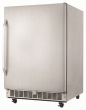 Silhouette Select DOAR154SSST 24in Outdoor Certified All Refrigerator 5.46 cu.ft. capacity