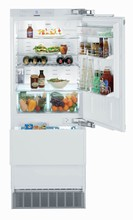 Liebherr HC1540 30in Built-in Energy Star Fully Integrated Bottom-Freezer Refrigerator 14.1 cu.ft. with Ice Maker