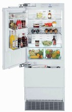 Liebherr HC1541 30in Built-in Energy Star Fully Integrated Bottom-Freezer Refrigerator 14.1 cu.ft. with Ice Maker