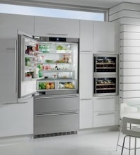 Liebherr HCB2061 36in Energy Star Fully Integrated French Door Refrigerator 18.7 cu.ft.